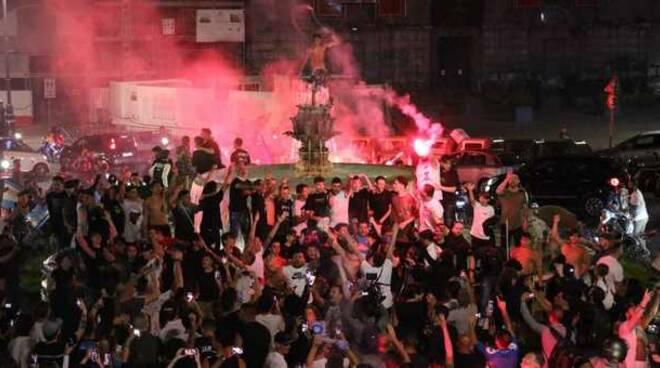 Coppa Italia, Napoli campione: in città festa fino a tarda notte
